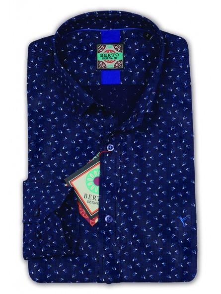 Camisa estampada , cuello con botón