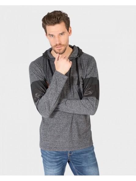 Camiseta algodón con capucha