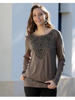 Camiseta bordado