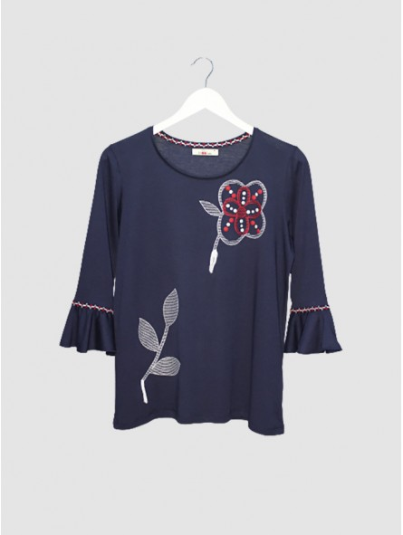 Camiseta bordado flores