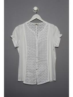 Camiseta lisa con bordados