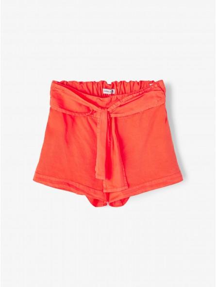 Pantalón corto lazo, Name It