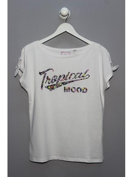 Camiseta texto tropical