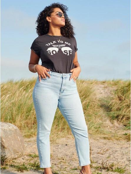 Camiseta Talk To Me, Only Carmakoma